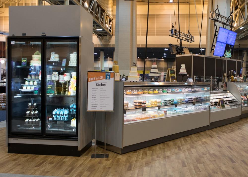 JNRBHSA-display-case-PF-PT-Bakery-IDDBA18-1801