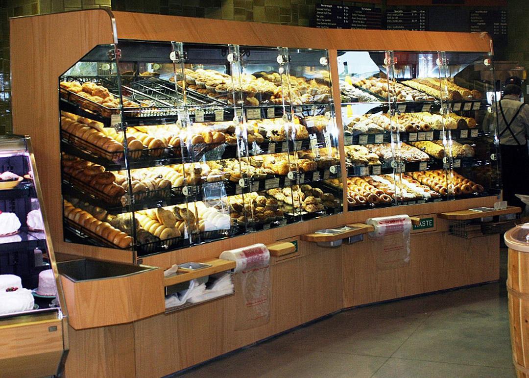 BWU-D-display-case-photo-bakery-0018.jpg