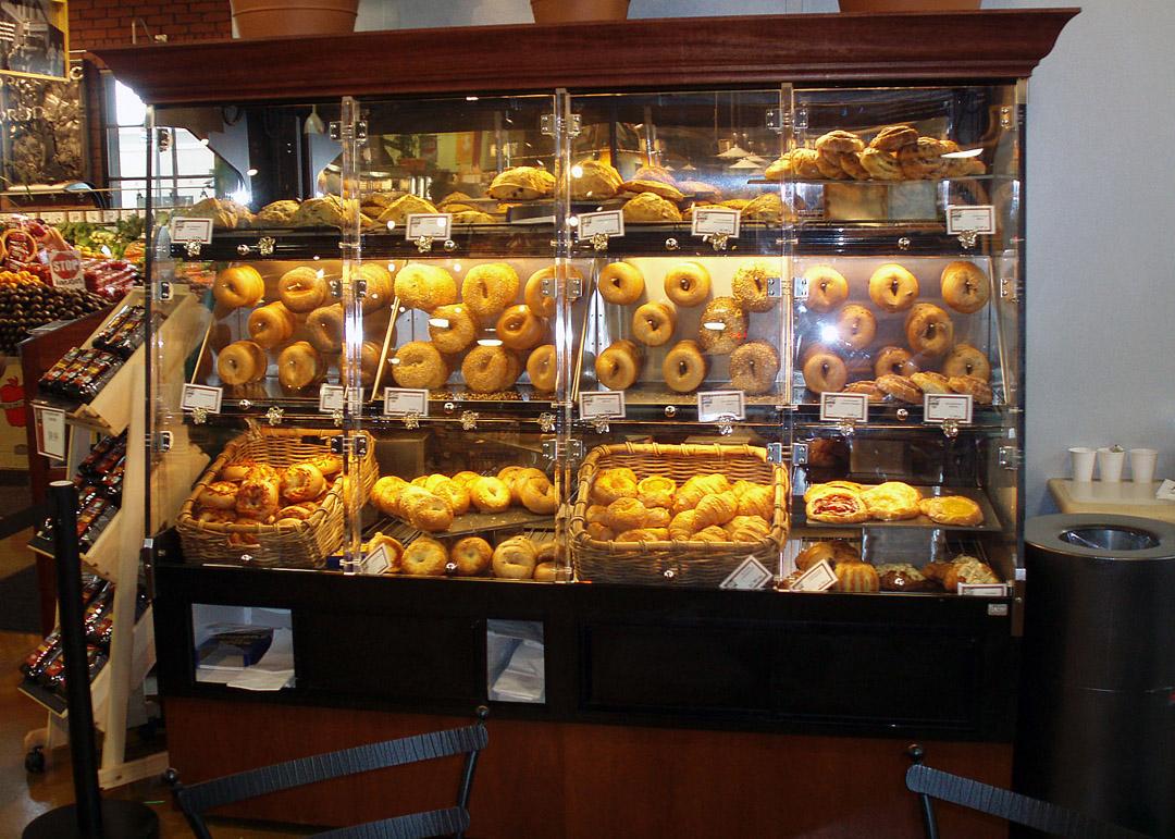 BWU-D-display-case-photo-bakery-0025.jpg
