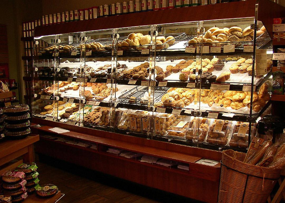 BWU-D-display-case-photo-bakery-0027.jpg