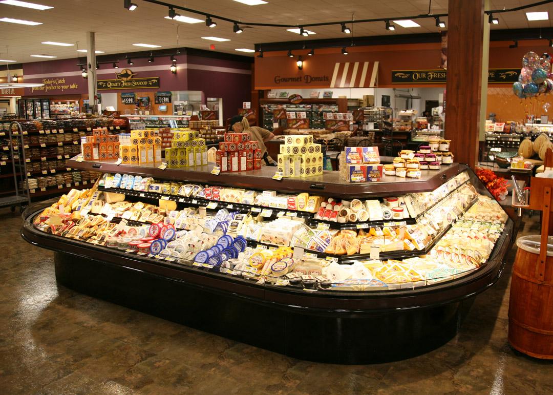 DLPF-R-display-case-photo-deli-cheese-3206