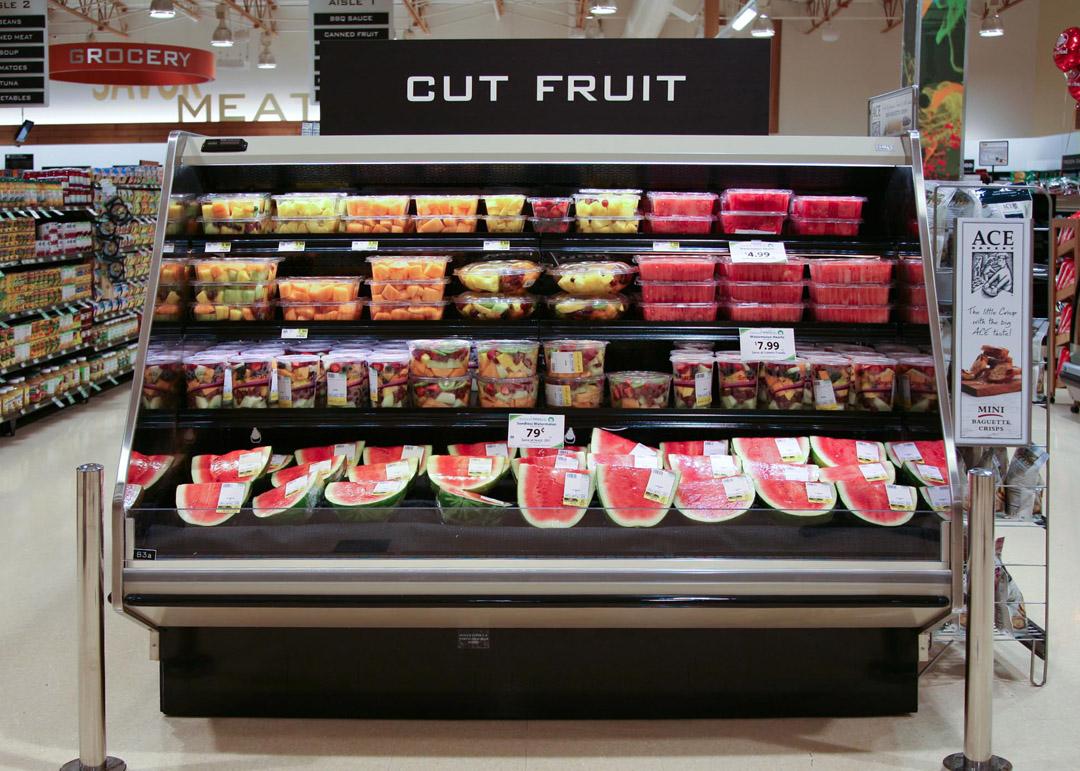 DLPF-R-display-case-photo-produce-9160