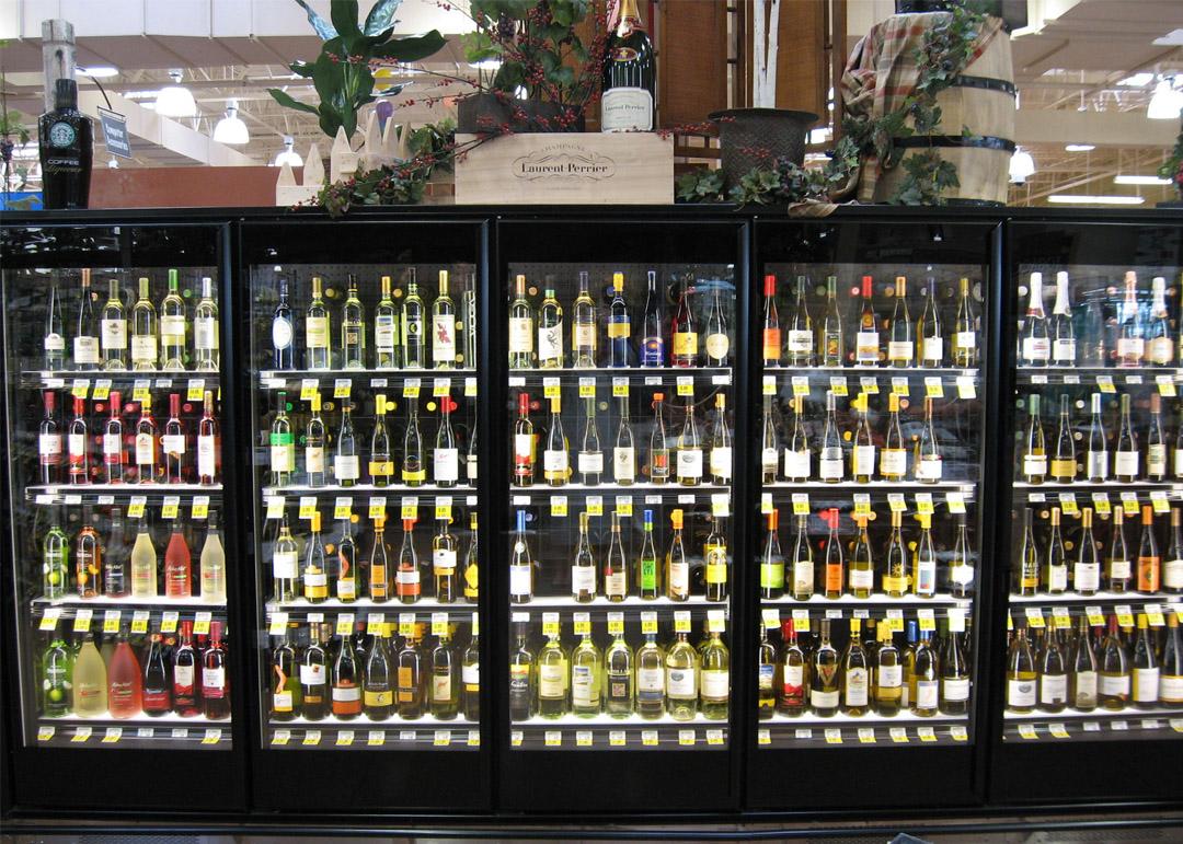 NFD-R-display-case-photo-wine-0001