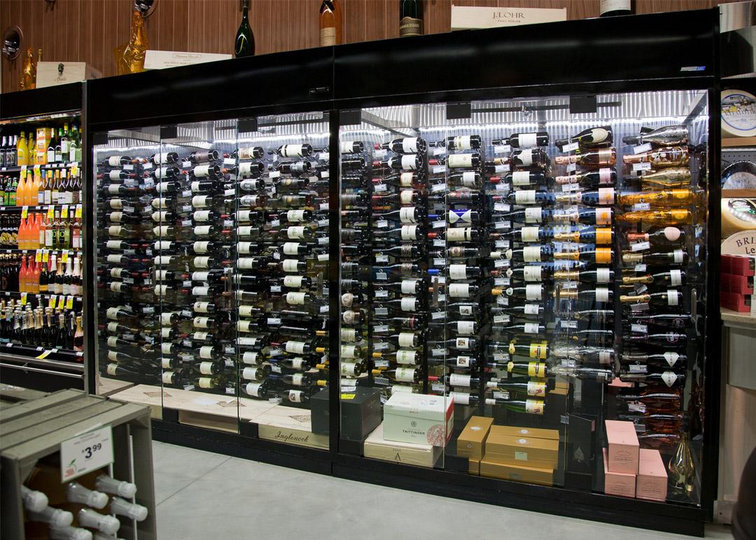 NFD-R-display-case-photo-wine-8183