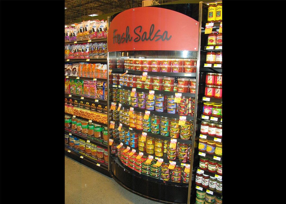 QTM-display-case-photo-deli-salsa-0009